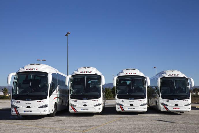 Autocares Ríos incorpora cuatro unidades MAN en su flota