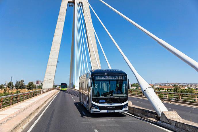 El MAN Lion's City E supera las exigentes calles de Badajoz