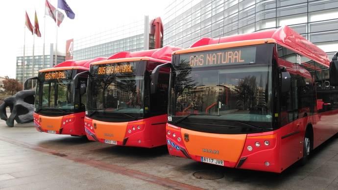 Burgos presenta sus tres primeras unidades MAN para el servicio de transporte urbano