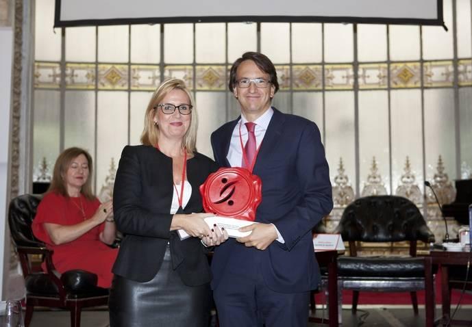 MAN Truck & Bus Iberia recibe el Premio Cegos
