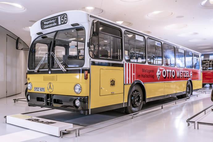 Hace 125 años del primer autobús con motor combustión de Benz & Cie.