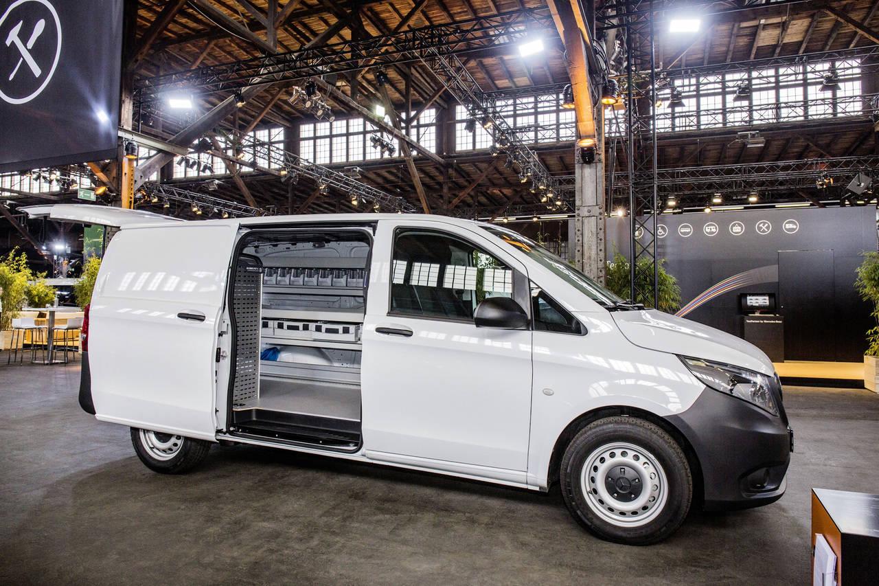 Mercedes-Benz Vans Solutions, furgonetas carrozadas 'Prêt à porter', listas para llevar
