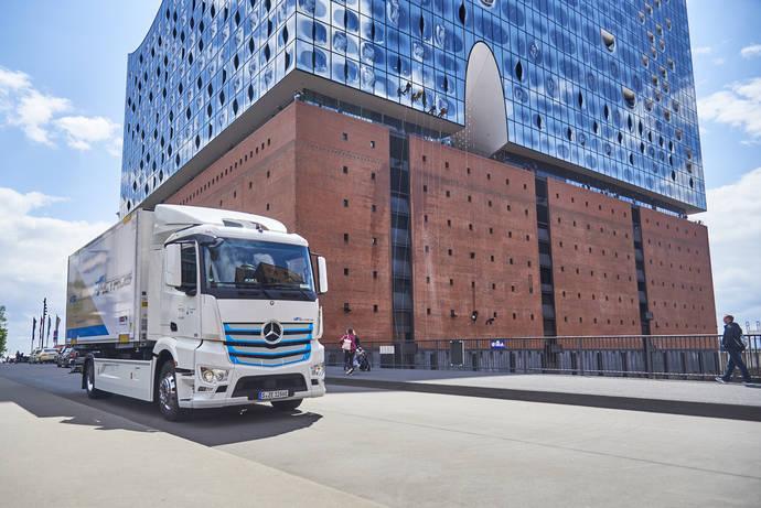 El camión eléctrico Mercedes-Benz eActros ha sido probado con éxito por clientes más de un año