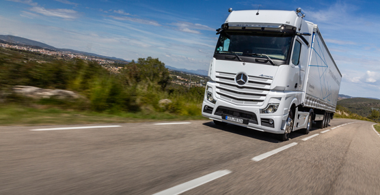 Mercedes-Benz Trucks concluye un año 'histórico' para la marca en España