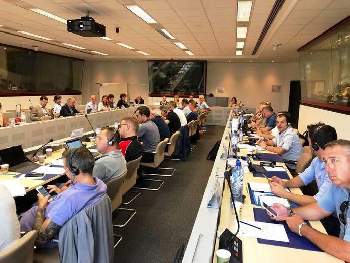 La Mesa de Diálogo Social del Sector de la estiba se reúne en Bruselas