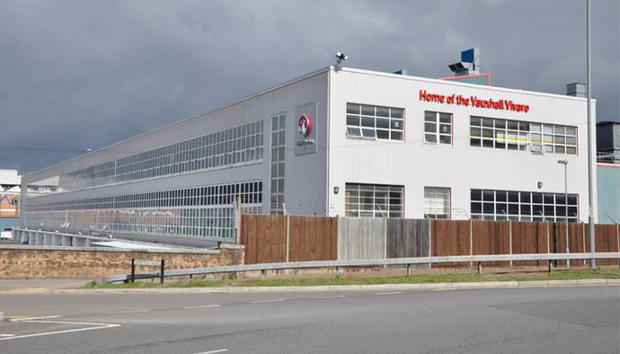 Imagen de la fábrica de PSA en Luton (Inglaterra).
