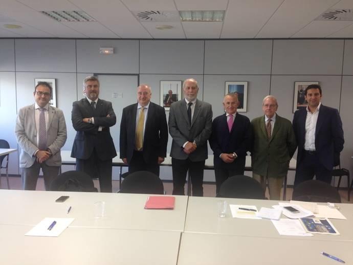 La comisión de aduanas de Feteia-Oltra reunida en Barcelona