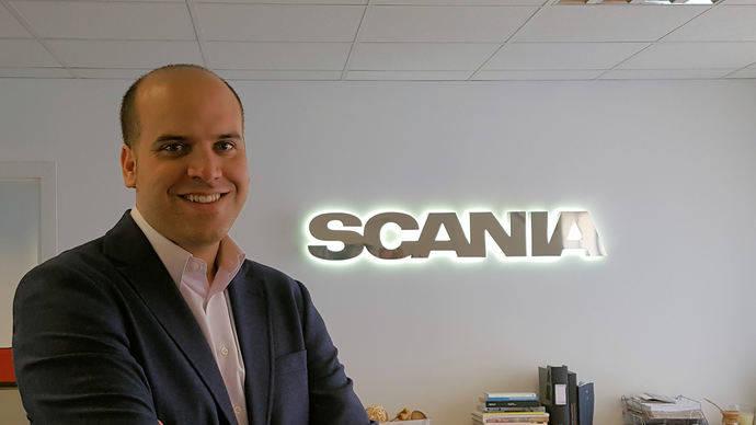 Manuel Nieves, encargado vehículos especiales y sector público de Scania