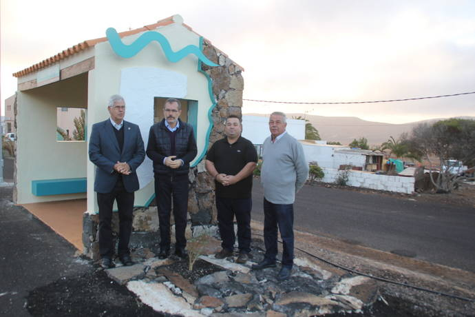 Fuerteventura invierte 262.500 euros en la mejora de marquesinas