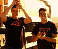Scania cuenta de nuevo con los hermanos Márquez para sus retos XTChallenges