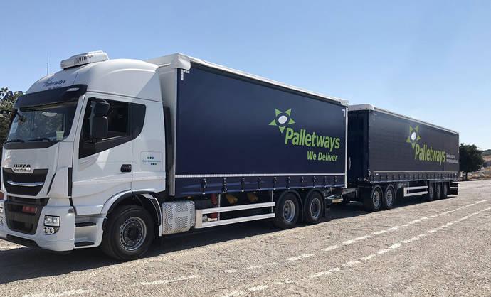 Palletways suma un nuevo megacamión para su ruta entre Córdoba y Madrid