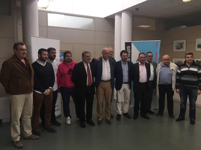 Miembros de la nueva Junta Directiva de Asetra.