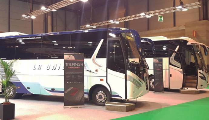Los cuatro nuevos modelos de autocar de Nogebus, en la FIAA