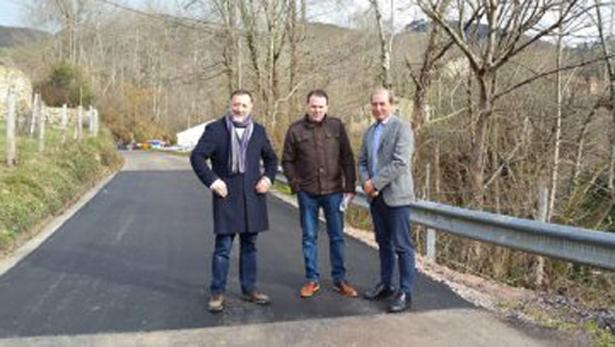 Asturias acaba obras de mejora en carretera de Benia a El Pedroso