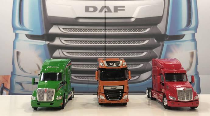 DAF sortea un pack de maquetas de 300 euros en su Facebook