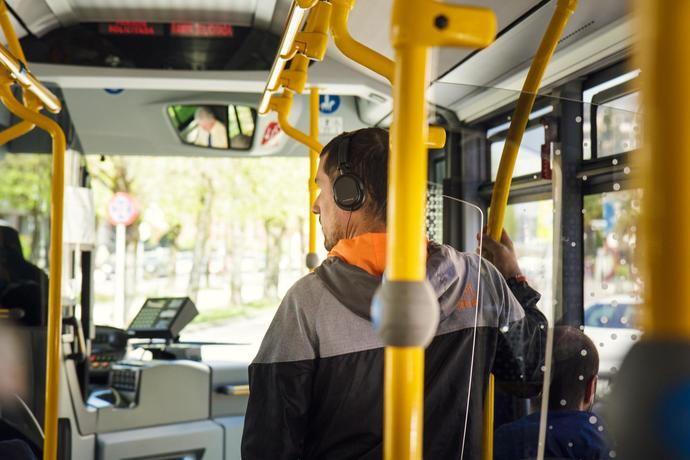 Monbus pone en marcha el servicio urbano entre Horta y Gràcia de Barcelona
