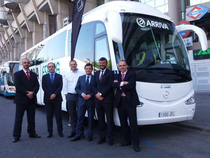Arriva realiza el I Congreso de Teatro Bus y presenta seis autobuses Mercedes-Irizar