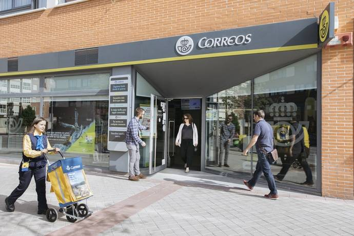 Correos inicia su expansión por la Península Ibérica y el Sudeste Asiático