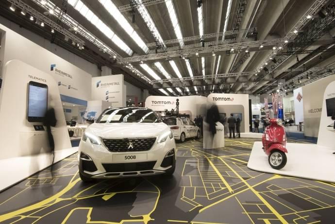 TomTom lanza EV Service para ayudar con autonomía de vehículos eléctricos