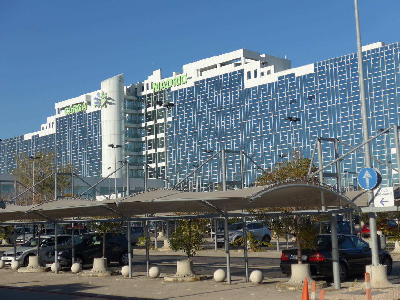 DHL Express traslada sus oficinas centrales