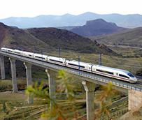 Ábalos expresa el compromiso del Gobierno en la garantía de derechos de los viajeros por ferrocarril