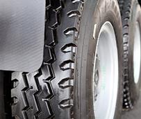 La Comisión Europea reajusta los aranceles definitivos antidumping para neumáticos chinos