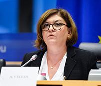 La nueva Comisaria de Transportes, Adina Vâlean, expone sus prioridades para la nueva legislatura