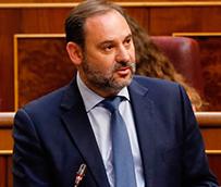 Fomento destinará 207 millones adicionales a las bonificaciones para el transporte canario