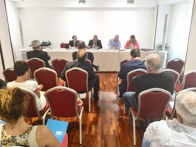 Car solicita un plan de choque para el mantenimiento de la red de transporte por carretera en Asturias