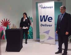 Palletways Iberia lleva la magia al Hospital Miguel Servet