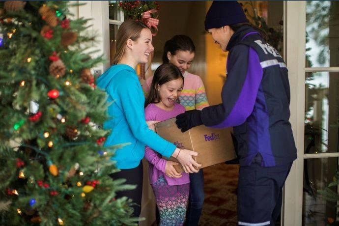 FedEx espera gestionar durante los tres lunes de la temporada navideña más del doble del volumen medio diario.