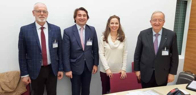 Plataforma Pymes se reúne por primera vez con la Ocde, en París