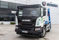 Contenedores MAI incorpora un Scania XT portacontenedor de GNC