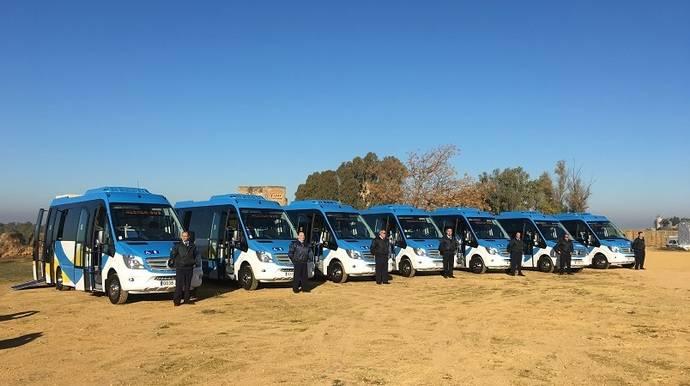 Alcalá de Guadaira presenta sus siete nuevos vehículos