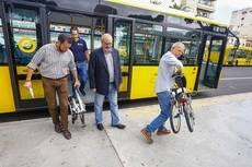 Guaguas promueve la intermodalidad mediante el uso de bicicleta plegable