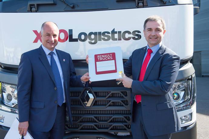 XPO Logistics renueva por dos años su confianza en los camiones de Renault Trucks