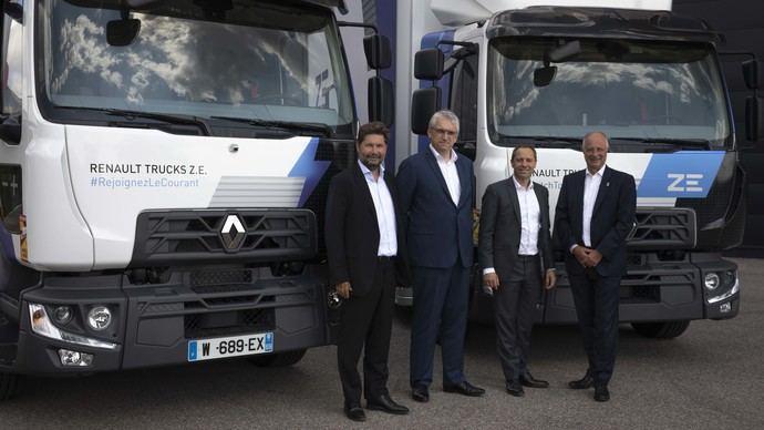 Renault entrega 20 camiones eléctricos Renault Trucks D Z.E