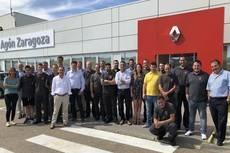 Equipo de Agon Truck Centers de Renault Trucks en Zaragoza.