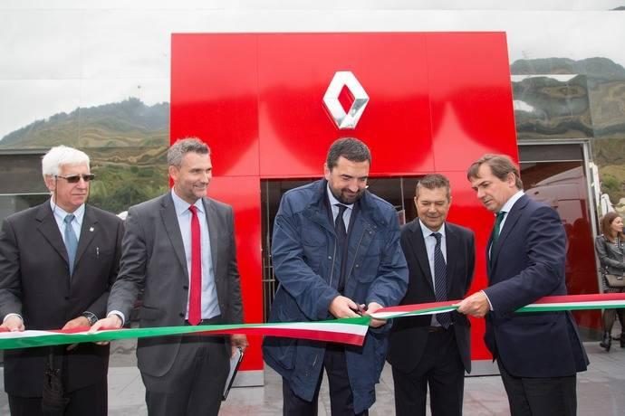 Renault Trucks inaugura nuevo centro en Bilbao
