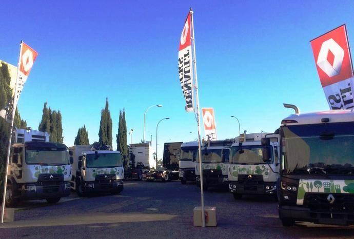 Los vehículos de Renault Trucks expuestos en Mérida.
