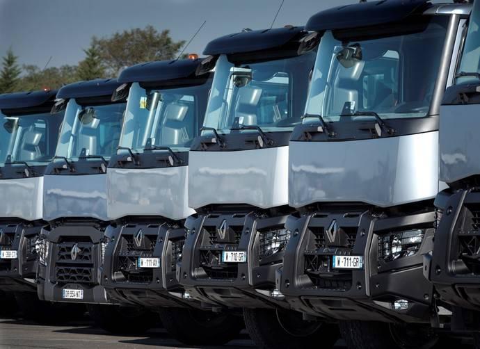 Renault Trucks inicia la venta de sus gamas T, C y K en Chile