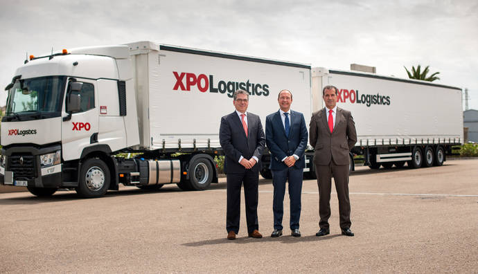 XPO Logistics recibe el primer Link Trailer fabricado en España