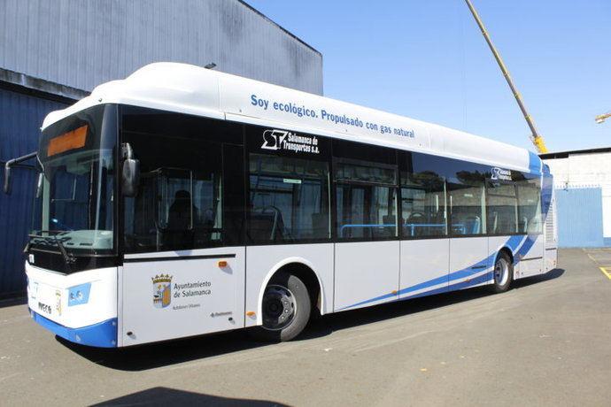 Castrosua entrega cinco New City GNC a Salamanca Transportes