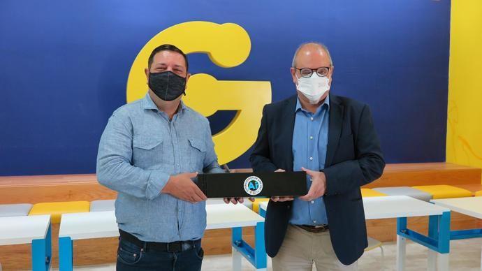 Guaguas Municipales prueba el esterilizador de aire Sanity Air
