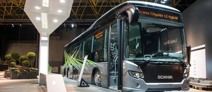 Scania prueba la carga inalámbrica rápida en el tráfico urbano