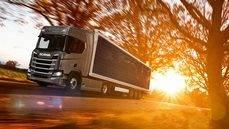 Scania trabaja en el desarrollo de camiones con paneles solares