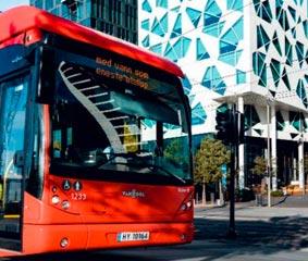 Los autobuses se modernizan para mejorar la seguridad de peatones
