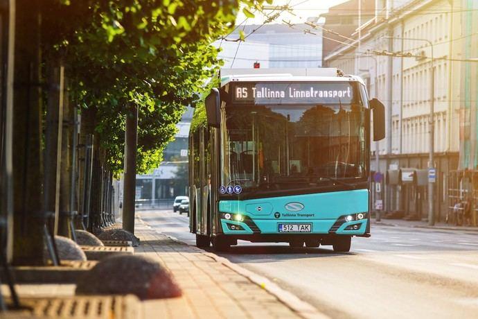 Hasta 125 autobuses de GNC de Solaris se dirigieron a Tallin (Estonia)
