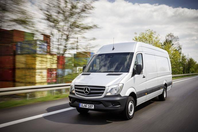 Mercedes crea nuevas versiones de la furgoneta Sprinter Tech