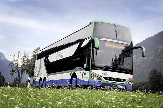 Plan piloto para viajar a las montañas alemanas con autocares Setra